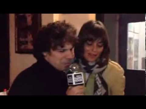 Francesco Montanari e Claudia Pandolfi cantano i Coldplay al Karaoke Rock Bike di Radio Rock