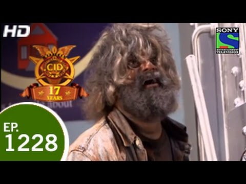 CID - सी ई डी - Lootera Monkey Man - Episode 1228 - 15th May 2015 thumbnail