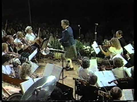 Scottish fiddle orchestra  ( Hen's March o'er the Midden )