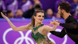 Opening dance on ice was affected by a malfunction of the wardrobe of Gabriella Papadakis of France