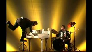 Watch Jerry Lee Lewis Great Balls Of Fire video