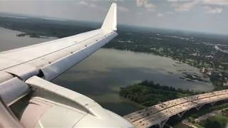 American Eagle E-175 (N424YX) landing and taxi at DCA