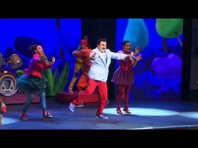 Topa en Junior Express - El baile de la selva