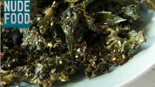 How to Make Homemade Crispy Kale Chips - the perfect snack