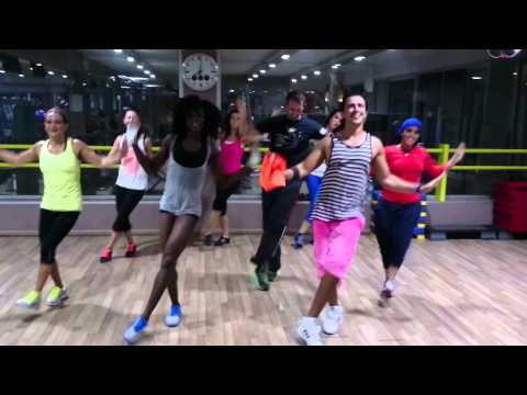 Jugni Ji - Kanika Kapoor Ft Dr Zeus   Zumba™ video