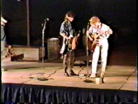 Indigo Girls - Love The One You