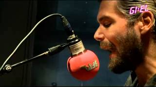 Biffy Clyro - I Sat By The Ocean (QOTSA Cover)