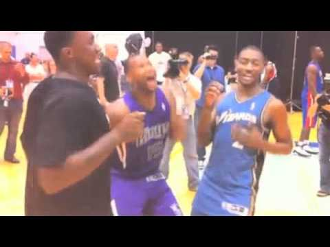 Demarcus Cousins and John Wall doing the Dougie