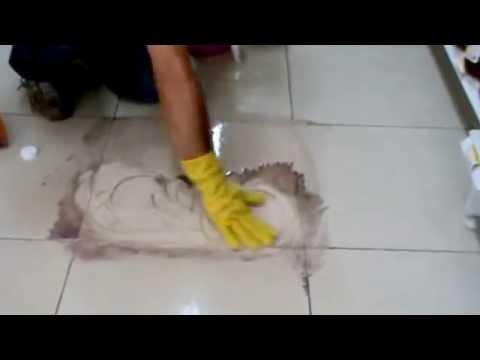 Como limpiar el porcelanato youtube for Pisos el encinar de los reyes