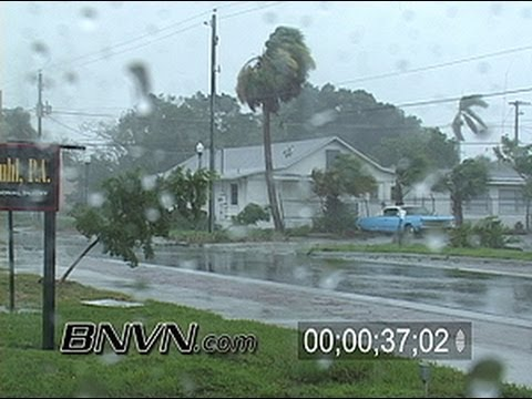 8/13/2004 Hurricane Charley Video Part 4, Punta Gorda, Florida gets hit by Charley