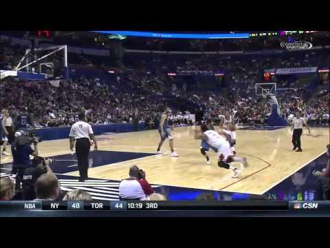 Derrrick Rose Vicious Dunk vs Minnesota Timberwolves - NBA Pre-Season