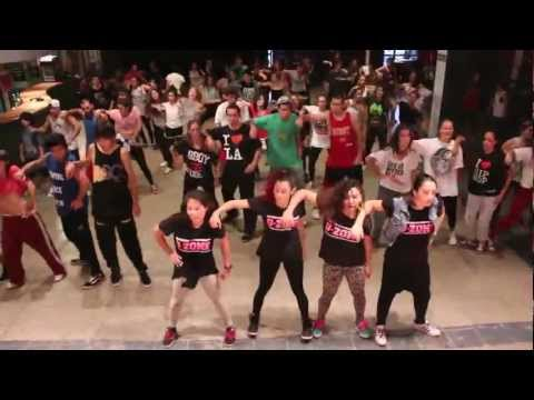 D-ZONE   UNO MAS UNO 2013 - Let it bump (Missy Elliott)