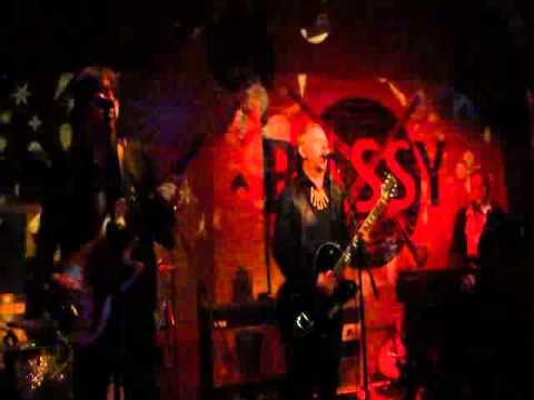 The Crimson Shadows at Bassy Club, Berlin Beat Explosion 6, 17-09-10.