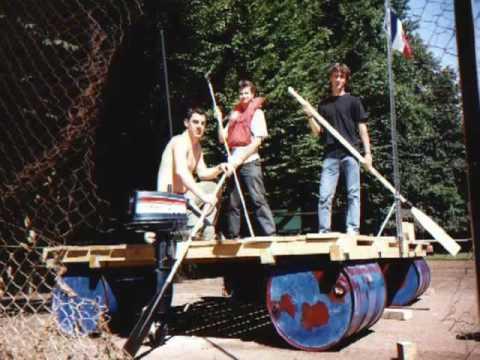 Construction Du Radeau Esbly France 2001 Youtube