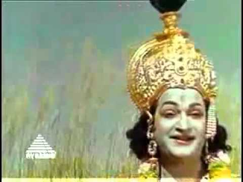 Ullathil Nalla Ullam.mp4 video