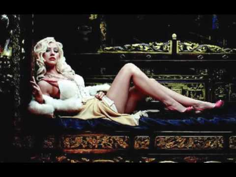 Christina Aguilera - Hello