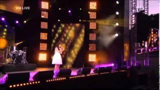 Indila Tourner dans le vide W9 Live 14 06 2014