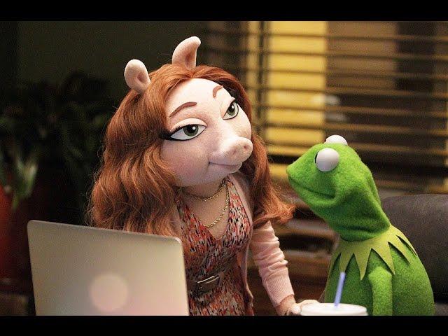 Is Kermit The Frog's New Girlfriend Anti-Feminist?