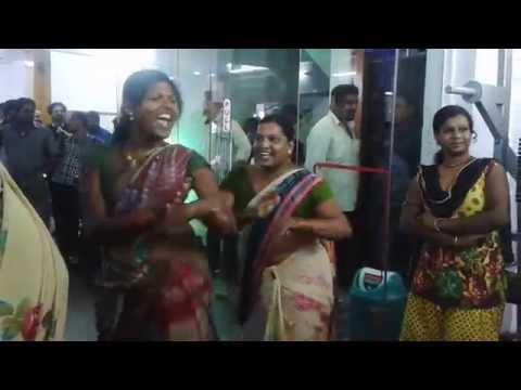 Hijra's Dance In Gym..... hyderabad video