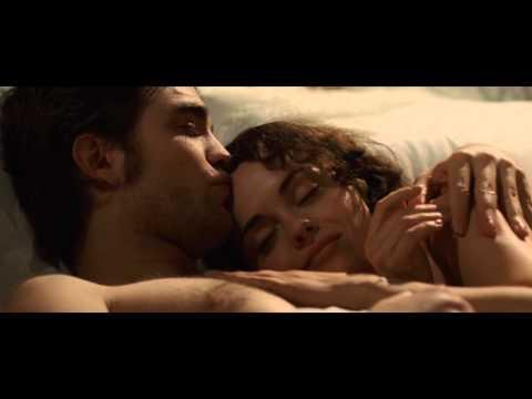 Bel Ami Clip - Robert Pattinson & Christina Ricci in bed