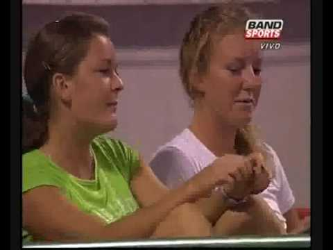 Radwanska sisters having fun in Doha 2009