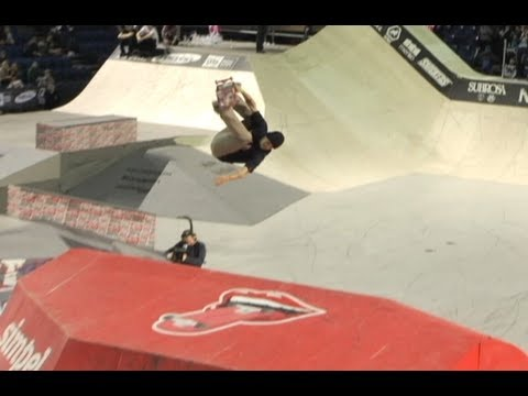 Ryan Sheckler backflips and wins Simple Session