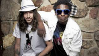 Shwayze ft. Cisco Adler - Buzzin + Lyrics