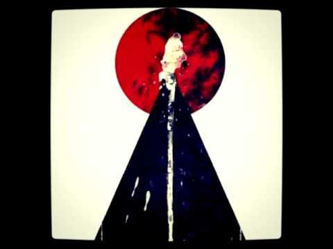 Air -- La Femme D'Argent (Pyramid Remix)
