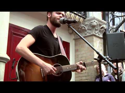 Passenger - Hearts On Fire (Live, Busking in Dublin)
