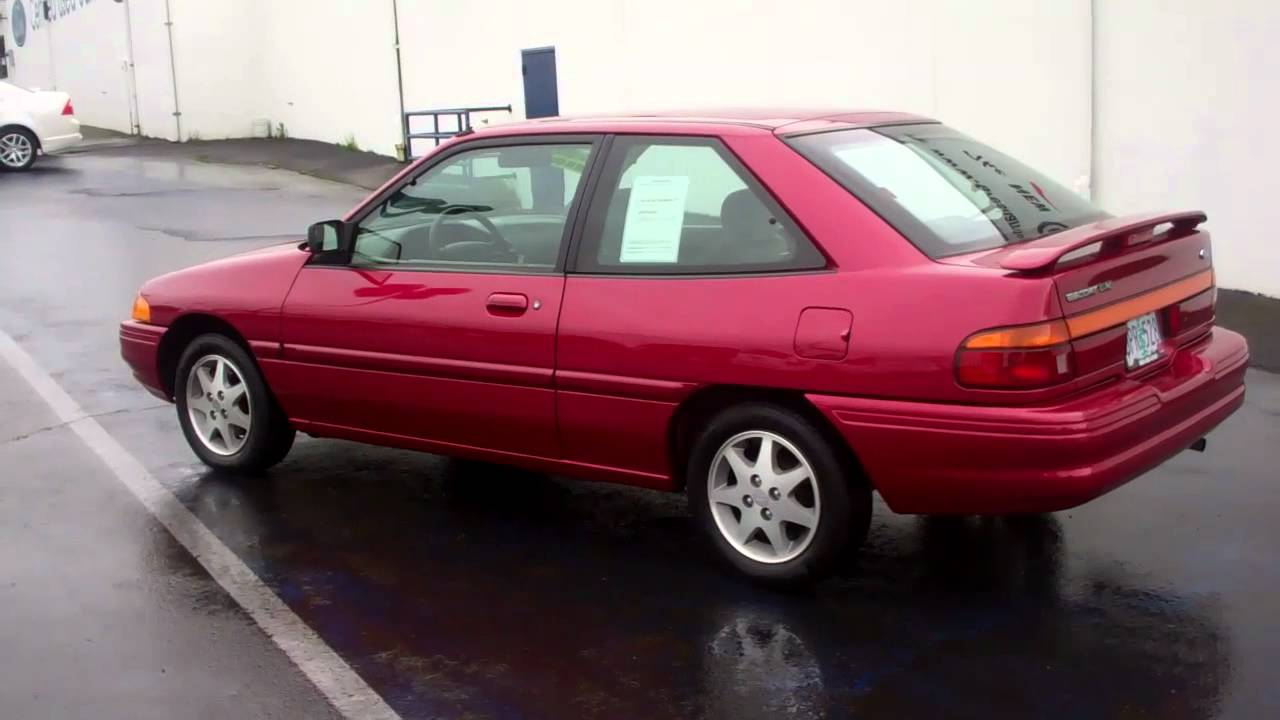 Compare Ford 1995 Ford Escort LX Sport at Gresham Ford ...