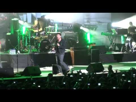 The Universal / Song 2~ Blur Live In Hong Kong (6 May 2013)