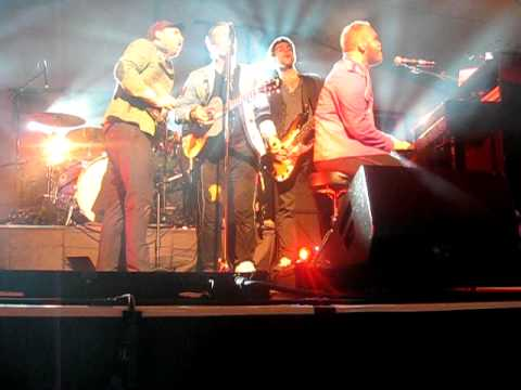 War is Over - Coldplay live @ Exeter Castle