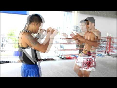 Muay Thai Technique #05 Fake kick to step knee with Nonsai Sor Sanyakorn at Phuket Top Team Image 1