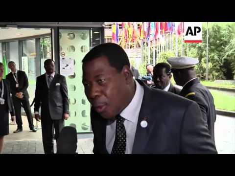 Arrivals ahead of international donor conference for Mali