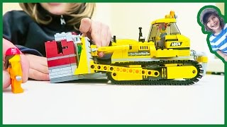 Construction Truck Videos Lego Edition | Bulldozer Timelapse