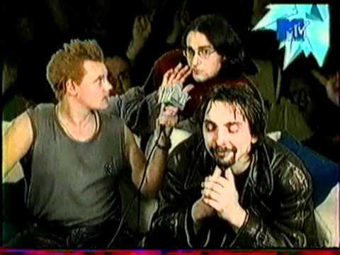 Король и Шут - Репортаж о концерте в Лужниках (15.12.2001)