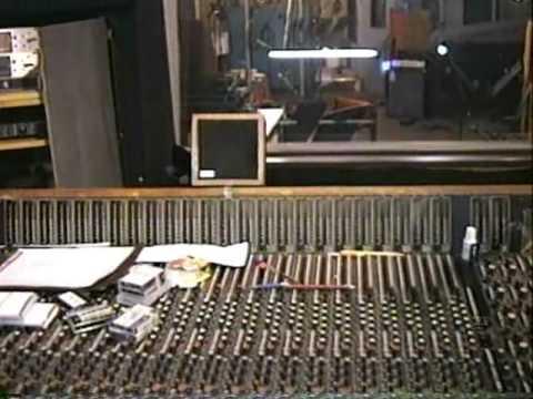 Los Historicos Estudios de grabacion de Fania en Nueva York.avi