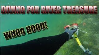 River Treasure Diving (MY BEST FIND YET!)