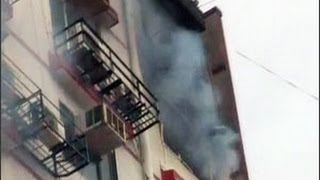 Fire in Mumbai's residential apartment