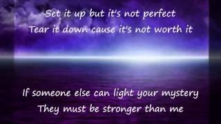 Watch Melissa Etheridge Stronger Than Me video