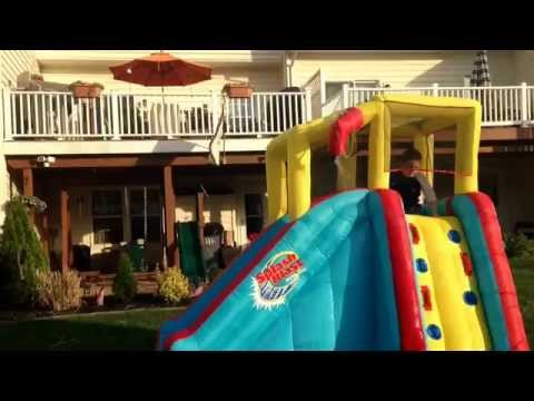 Splash blast water slide
