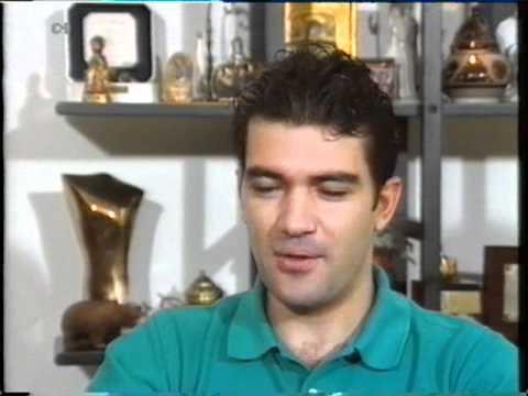 ANTONIO BANDERAS - Entrevista 1990
