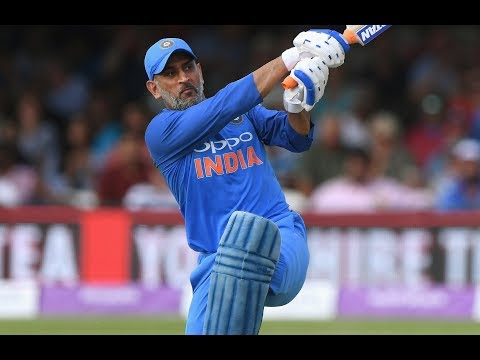 TOP 10 MOMENTS of DHONI