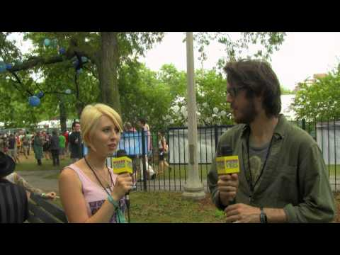 Cloud Nothings Interview at Pitchfork | WEIRD VIBES ep11 (p2)