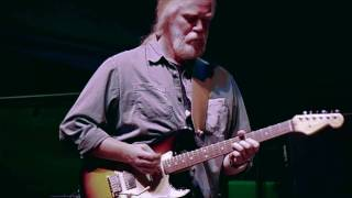 Watch Widespread Panic Climb To Safety video