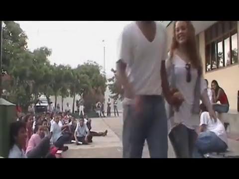 Actuación Grupo luz y sombra CSDB-Día del amor y la amistad