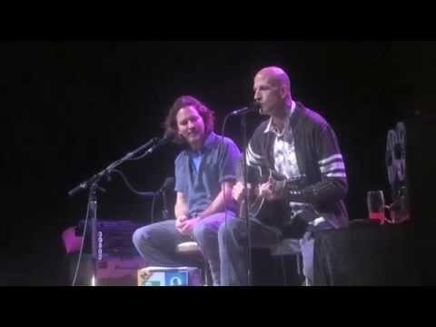 Eddie Vedder and Jimmy Flemion perform