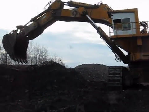 Demag H241 Digging Coal
