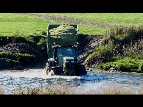 New Holland T6. Shows its Swimming Style! - More on Cross-River Silaging.