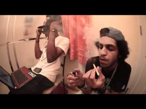 Still Blazin - Wiz Khalifa Ft. Alborosie video